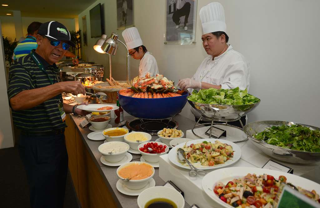 Five star buffet by shangri la s rasa sentosa resort spa for Action salon singapore